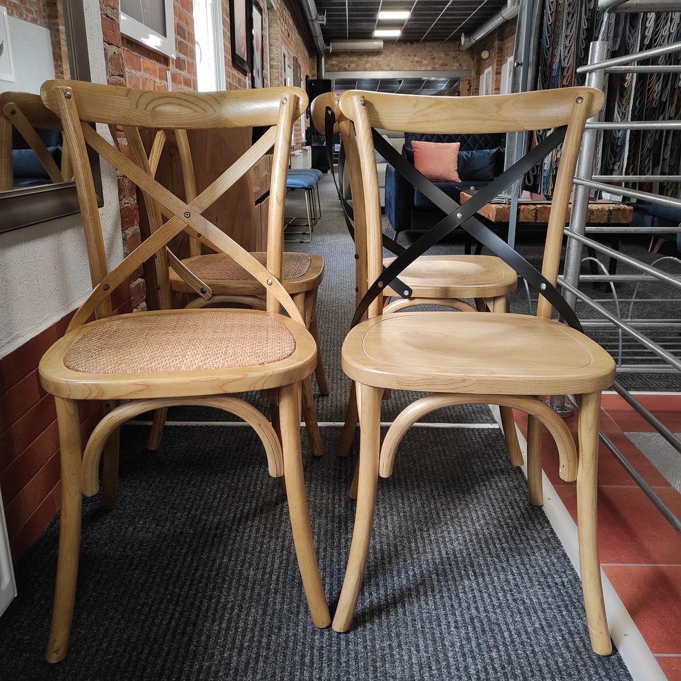 Krzesła LARS / LARS II